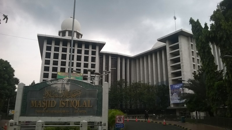 The Grand Mosque, Istiqlal. It means independence.