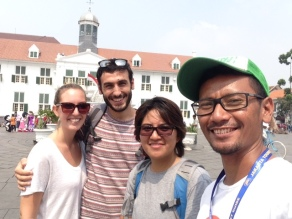 A must selfie just before the tour ended in Fatahillah Square