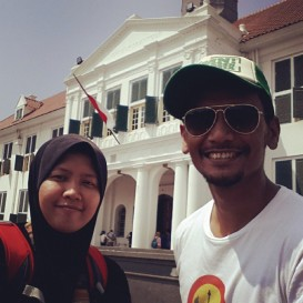 Azzah only has 2 days in Jakarta and one of those days, she decided to walk with us around the old town area.