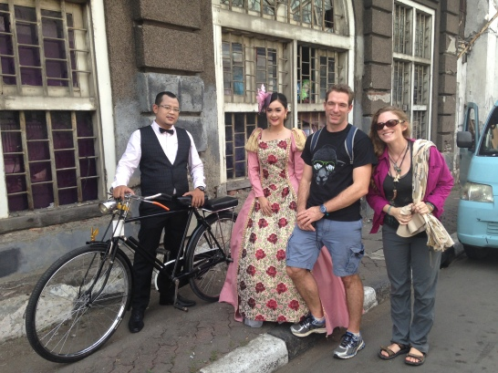 One of the perks of joining a walking tour is to meet with the locals (with their awesome outfit). Nicole and Will saw a couple doing a photo shoot and wanted to take pictures together. Of course the couple said yes!