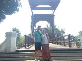 An Australian couple, Thomas & Tenille, in a Dutch drawbridge