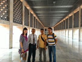 A long alley inside Jakarta's Grand Mosque, Istiqlal.