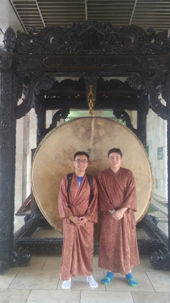 Daniel & Johnny from Malaysia in front of a huge old drum in Istiqlal Mosque. What's the drum for?