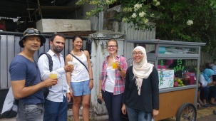 Sharman, Miguel, Asia, Inez, Hanum on our Menteng Walking Tour. Tired of walking? The Orange Juice seller on the street is always ready to serve you a cold refreshing drink!