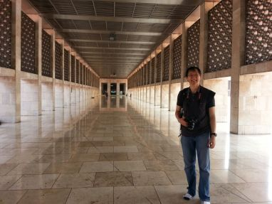 Dominic inside one of the alleys of Istiqlal Mosque. Great architecture, right? The mosque was actually designed by a Christian architect!