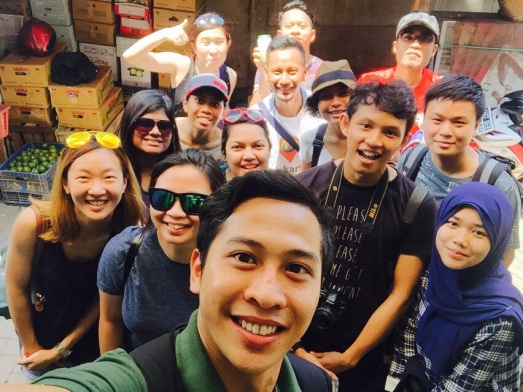 The second day, the Malaysian group was joined by 4 Indonesians strolling the china town.