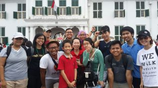 The group that celebrated first days in 2016 by walking around the old town with us. It was an interesting pack!